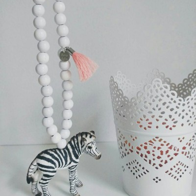 baltas zebras-min