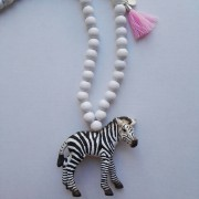 baltas zebras-min2