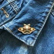 drugelis-butterflypin-zenkliukas-sege-berrylights